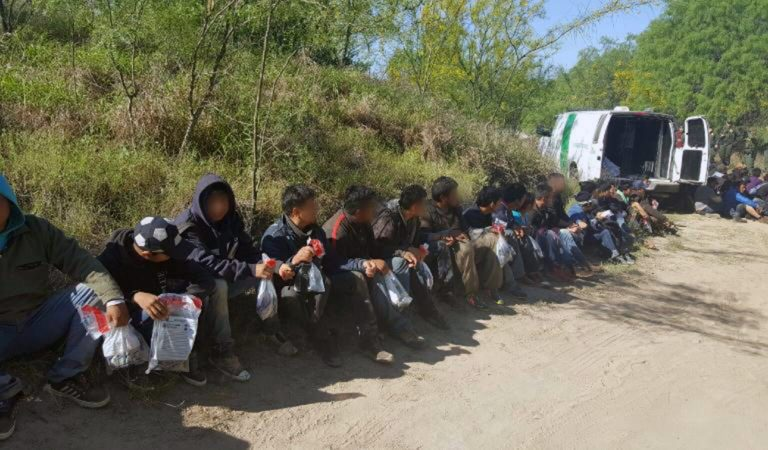 CRISIS: Over 400 Illegals Arrested in 5 Minutes at Border